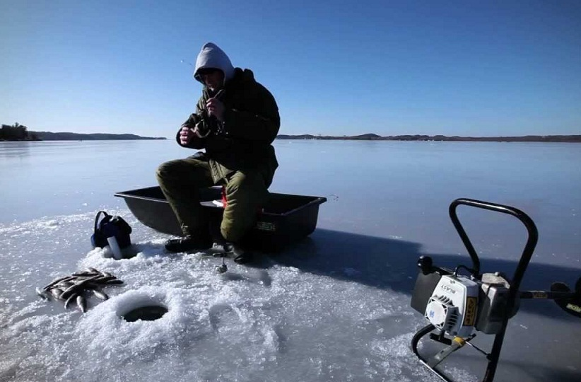 Ice fishing tips gear and techniques scouting outdoors for New ice fishing gear 2017