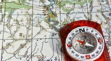 Best Compass Reviews 2017 – A Guide for Hiking, Backpacking, Survival