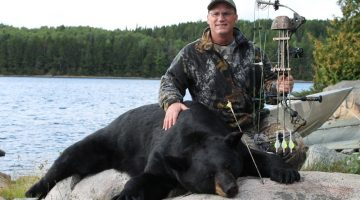 How to Hunt Black Bear – Tips for a Successful Day