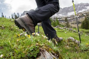 Best Hiking Pants 2018 Complete Review For Men And Women